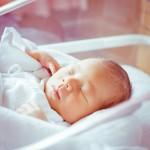 赤ちゃんが鼻づまりで苦しそう!原因ととっておきの解消法7選